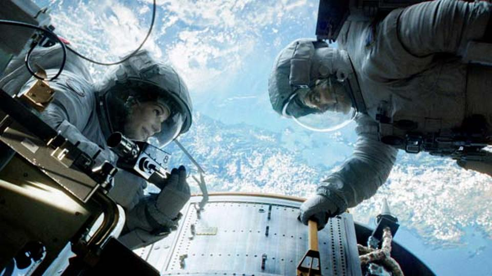 "Menon Praises Sci-Fi Thriller, ""Gravity"""