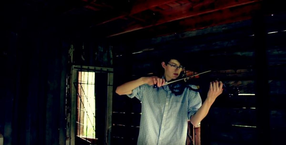 "Vincent DiFrancesco Covers ""Time"" on Electric Violin"