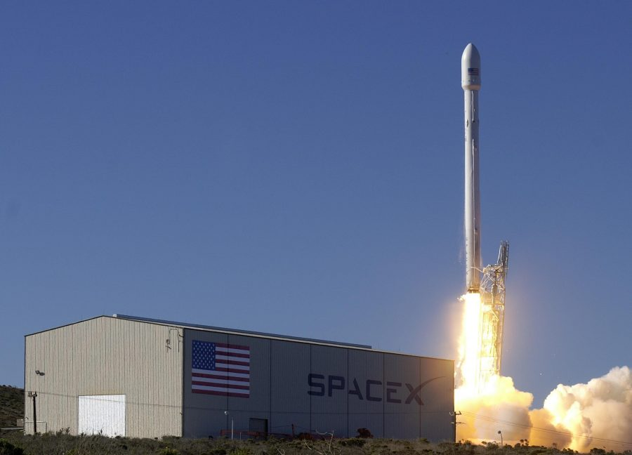 SpaceX shoots to the forefront of aerospace